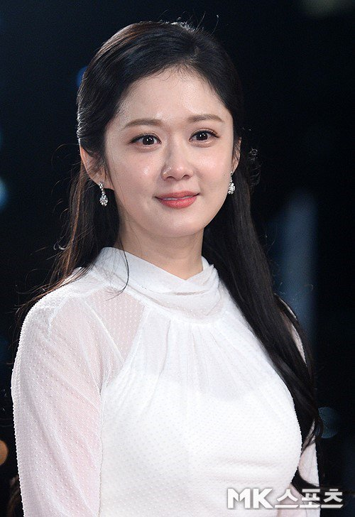 #JangNaRa confirms to be in discussion to lead upcoming SBS mystery melodrama #VIP. Actor #LeeSangYoon is also in talks to lead along with her https://entertain.naver.com/read?oid=410&aid=0000557123 … #KoreanUpdates RZ