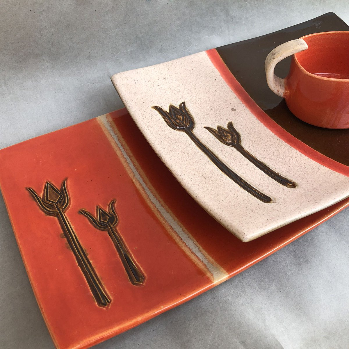 Rectangle Trishul Plate & Turned Handle Cup.. Studio Pottery By Anupama Jalan.. Here for Rs 1,805.  https://buff.ly/2X9rDJO #pottery #handcrafted #handmade #earthenware #decor #homedecor #instahome #homestyle #artisan #handcrafted #shopsmall #craft #madewithlove #handmadewithlove