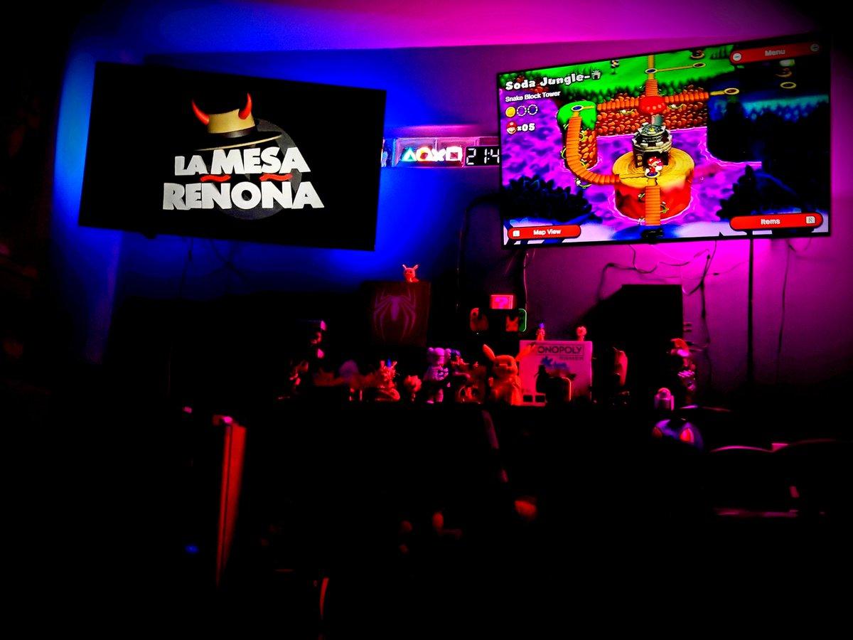 Memo Hansel's photo on #LaMesaReñoñaEnVivo