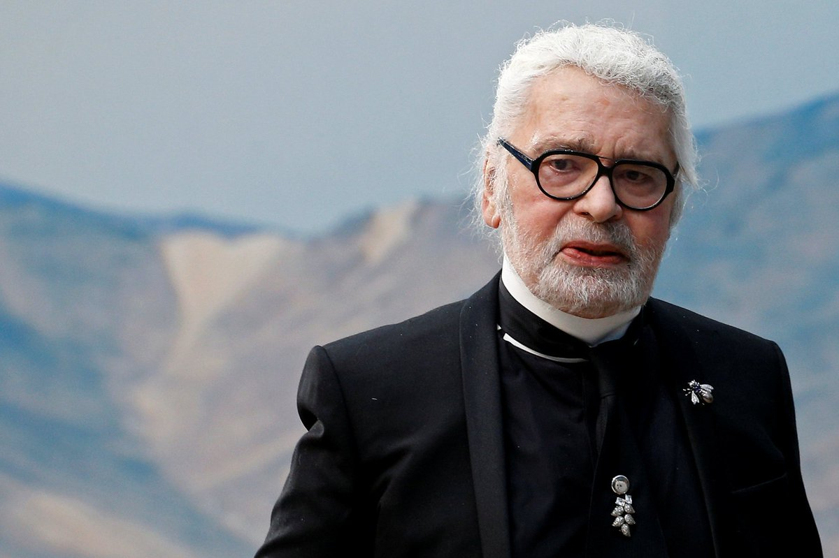 BREAKING Karl Lagerfeld dies aged 85 https://t.co/TS4FDqqjfT