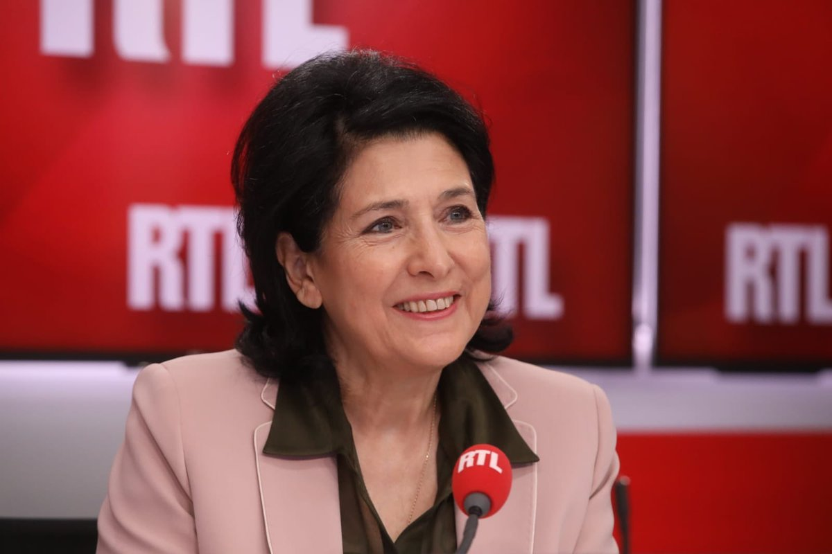 RTL Pro : RTL - RTL2 - FUN RADIO's photo on #RTLMatin