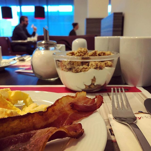 test Twitter Media - #hotelontbijtje... #myview #eten #ontbijt #koffie #hotel  #InterCityHotel #InterCityHotelEnschede #Enschede . . . . #food #foodporn #foodgasm #foodstagram #foodphotography #breakfast #breakfasttime #coffee #eggs #scrambledeggs #bacon https://t.co/bTvIkPRtB2 https://t.co/dlLlLEWdiz
