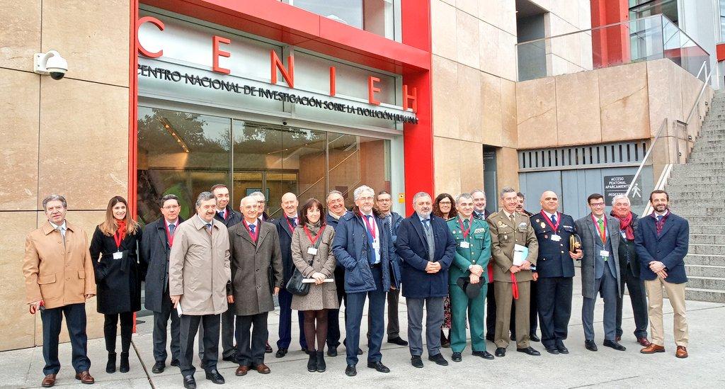 En estos momentos se desarrolla la reunión de la comisión de asistencia al Subdelegado del Gobierno en #Burgos, Pedro de la Fuente, en el @CENIEH @CENIEH_Labs.