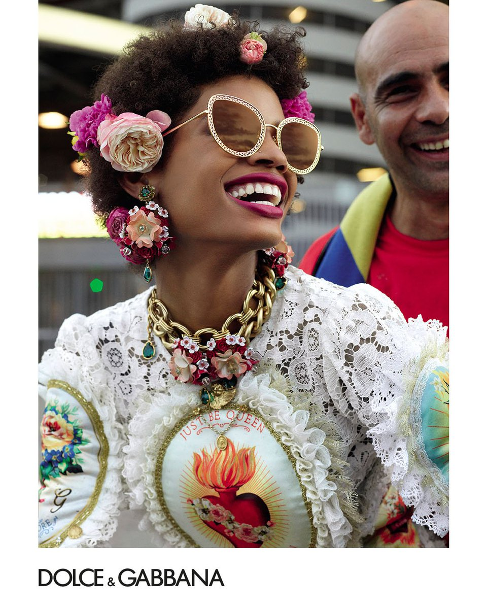 The new Dolce&Gabbana Devotion sunglasses collection combines finely crafted filigree details with Baroque-inspired motifs. Discover all the models oat the following link https://t.co/miUizkgHYC.  #DGEyewear #DGCampaign #DGSS19 #DGDNA  #DGWomen