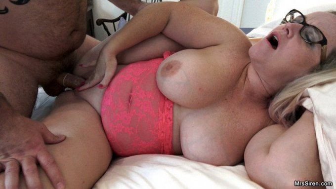 Just sold! Curvy Wife Shared with a Friend https://t.co/bqXMh3LS8X #MVSales #ManyVids https://t.co/p