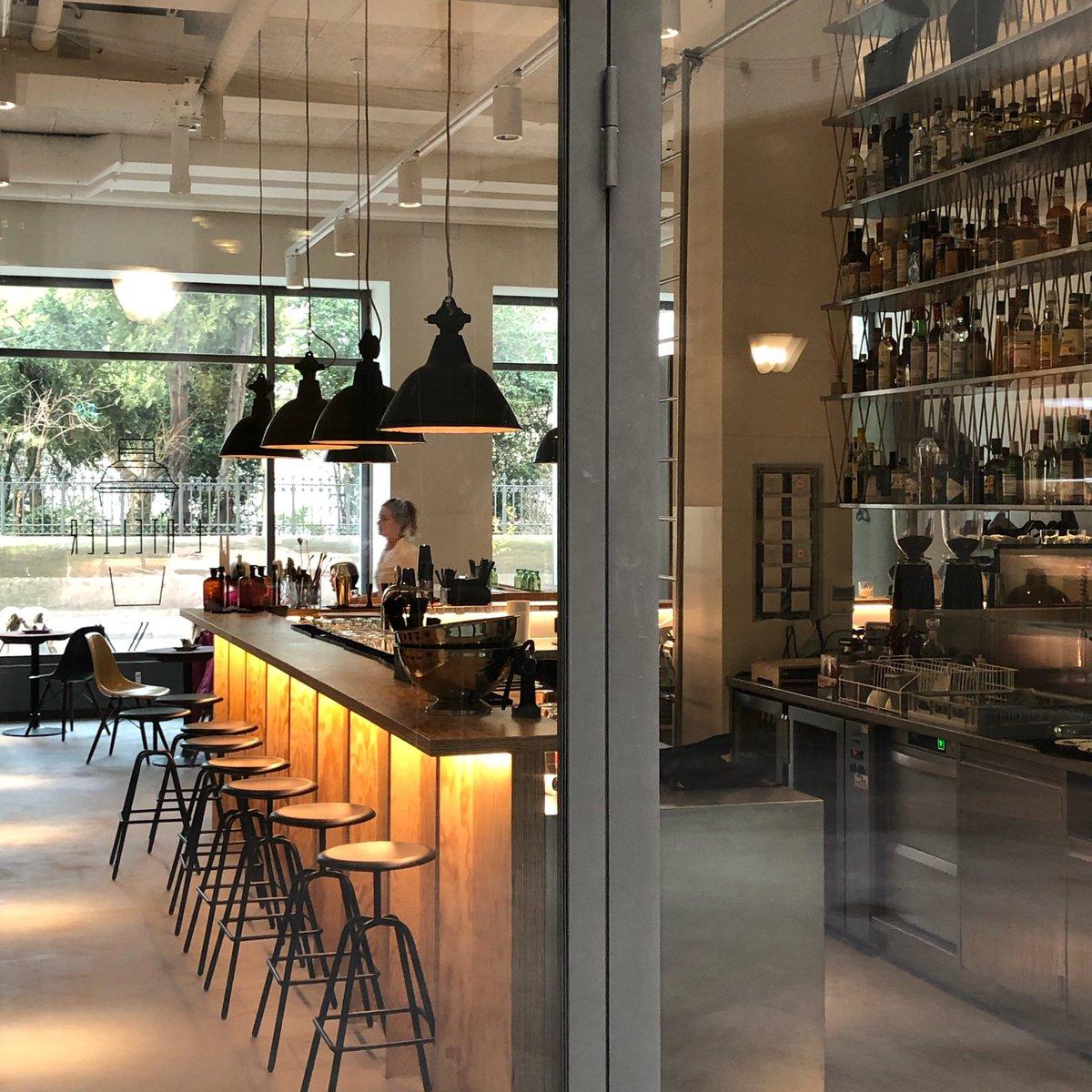 #newplacetobe #latelier #bar #bistro #cafe #nowopen #cosyplace #style #interiordesign #elisabethenstrasse #baselcity #ganzbasel #basellive
