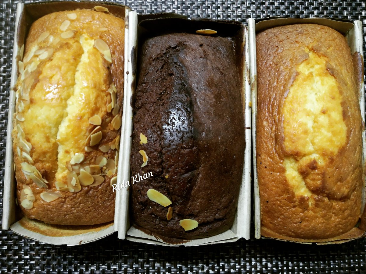 Today technology is so fast that within a day I got my freshly baked tea cakes from Dubai brought by my brother for me. So the 3 flavors included r Oats tea cake, chocolate tea cake, simple tea cake which hv low sweetness. #foodie #food #teacakes #foodlove #foodblogger
