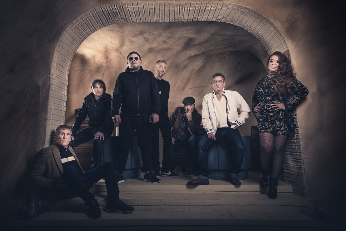 READ/ Throwback to 2017 when we chatted to the lovely @Rowetta about all things @Happy_Mondays! Don't forget their Greatest Hits Tour goes on sale tomorrow! http://bit.ly/2NerGzj