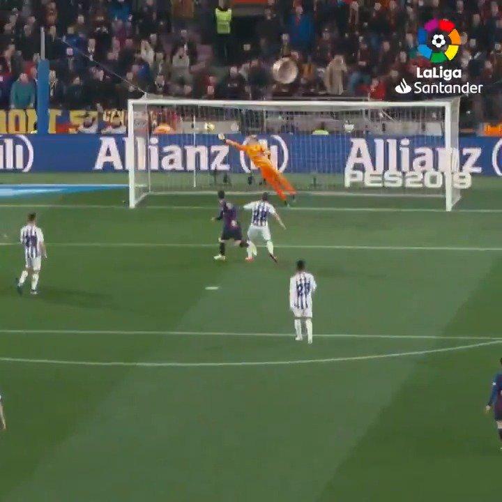 Masip matches Messi! 😱✋