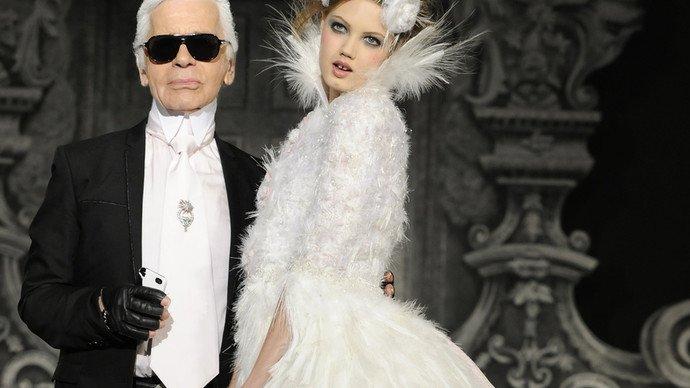 RIP to another design great. Karl Lagerfeld is dead at 85  https://www.theguardian.com/fashion/2019/feb/19/karl-lagerfeld-fashion-designer-dies-aged-85?CMP=fb_gu&fbclid=IwAR3XaAAhkmIJdj5vgNns4VRU5BuWlt15xTLNlXP9UX1P4XgaGGvmR-Pjj0U…
