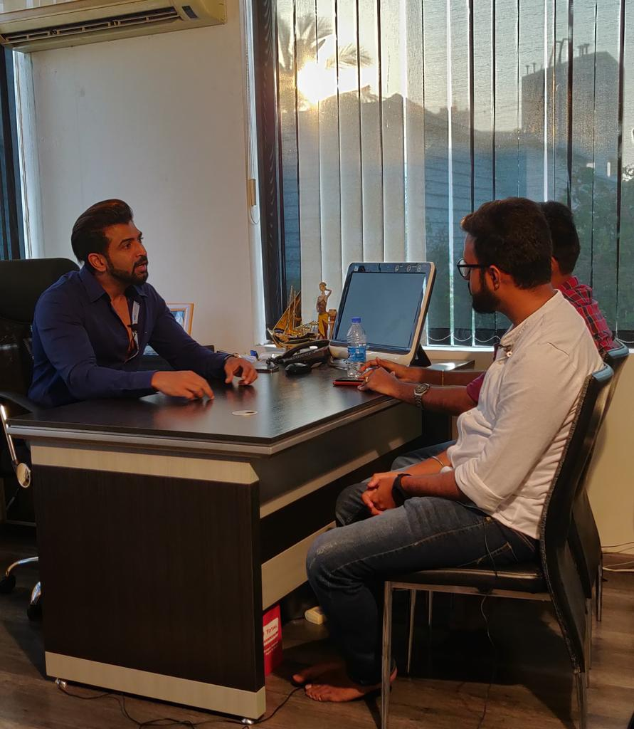 #Cinemapesalam with @arunvijayno1 going on, at his scenic office space.. @sekartweets @sidhuwrites  #Thadam #ThadamFrom1stMarch