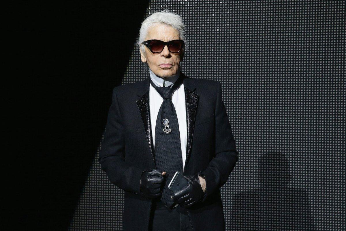 A true fashion icon, RIP Karl Lagerfeld 🖤