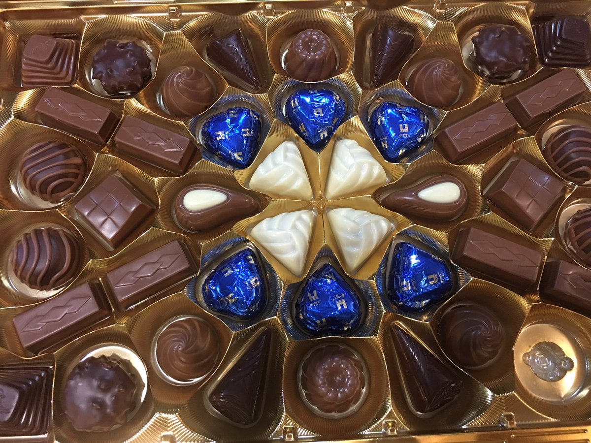 Got my valentine chocolates today half off! #SignsYouAreSingle <br>http://pic.twitter.com/ddzmwMNFN4