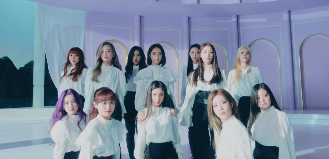 #LOONAIsComingBack ! The ladies returned with their brand new video for 'Butterfly' and it's beyond empowering!#LOONA_BUTTERFLY https://t.co/SzXAKWPmcW