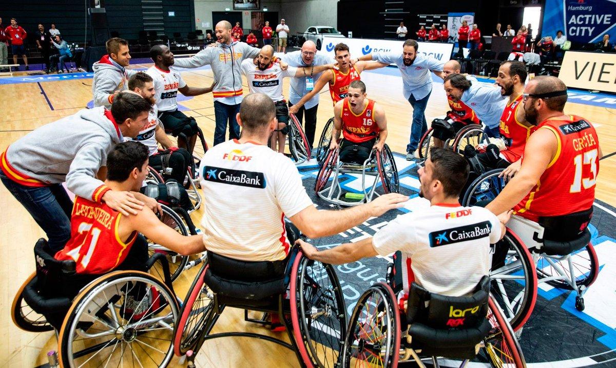 🔝 Ya conocemos los primeros rivales de #SelMasBSR 🇪🇸 en el Europeo 🏀♿️, que se jugará en Walbrzych 🇵🇱 del 28 de agosto al 9 de septiembre ➡️ http://www.feddf.es/amplia/5925/primeros-rivales-de-espana-en-el-europeo-masculino-de-baloncesto-en-silla-de-ruedas.html…  GRUPO A  🇬🇧🇮🇹🇩🇪🇨🇭🇦🇹🇵🇱 GRUPO B  🇪🇸🇳🇱🇮🇱🇫🇷🇷🇺🇹🇷 #BSR #ECMA2019 @caixabank @Endesa @deportegob @Paralimpicos