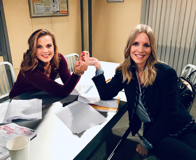 Nothing puts a smile on Christine's face like Phyllis in handcuffs! Don't miss today's showdown! #yr @CBSDaytime @ginatognoni @YRInsider @YandR_CBS