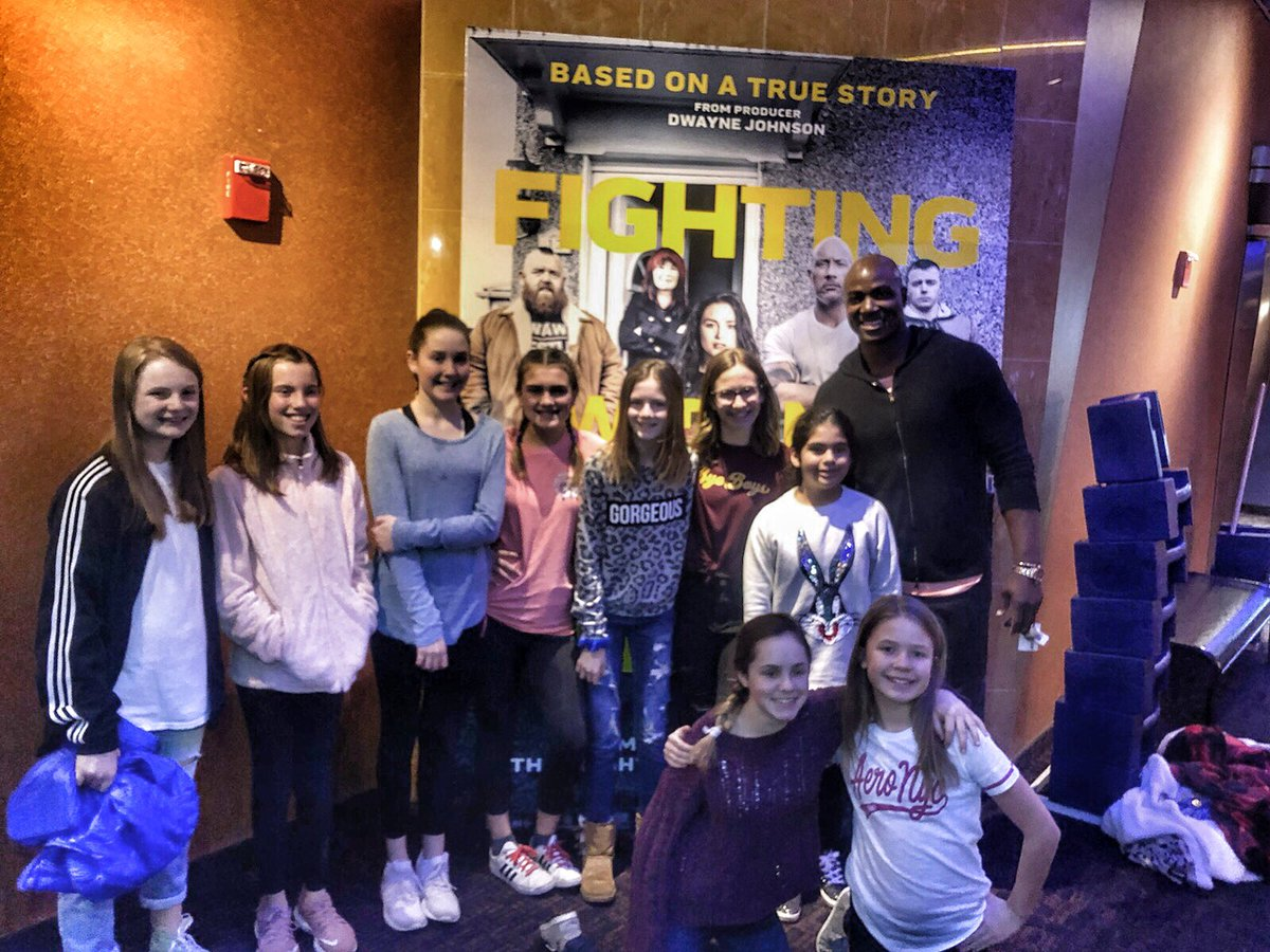 Sneak peek last night for #FightingWithMyFamily 💯. Inspiring movie about the things you do for family. The kids extended the invite to their volleyball & football family ... the people you battle in the trenches with aren't always blood ‼️ In theatres 2/22. @TheRock 👍🏾 – at Harkins Theatres Southlake 14