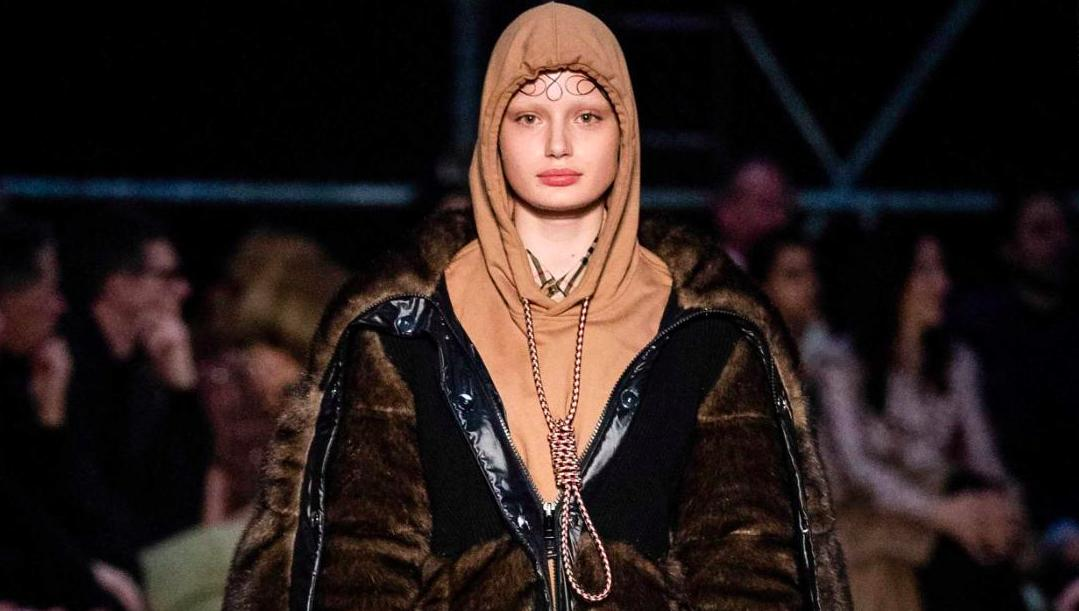 "Y'all have lost your goddamned minds. ""Fashion brand Burberry has apologized for showcasing a hoodie that featured a noose around the neck during its show at London Fashion Week."" https://www.cnn.com/style/article/burberry-noose-hoodie-scli-gbr-intl/index.html …"