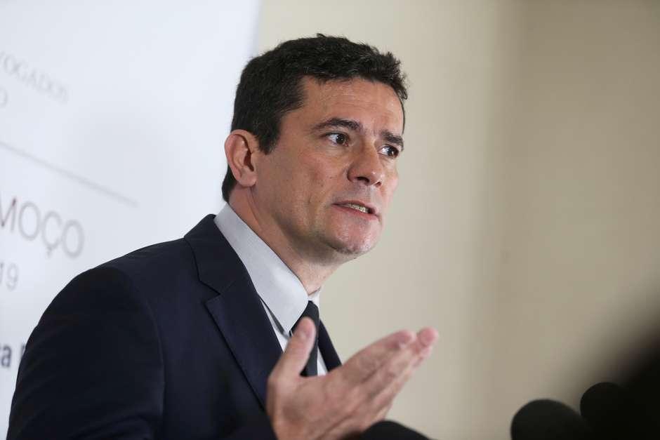 'Caixa 2 não é corrupção', diz Moro sobre fatiamento de projeto anticrime https://t.co/In62by1cfD #TerraNotícias