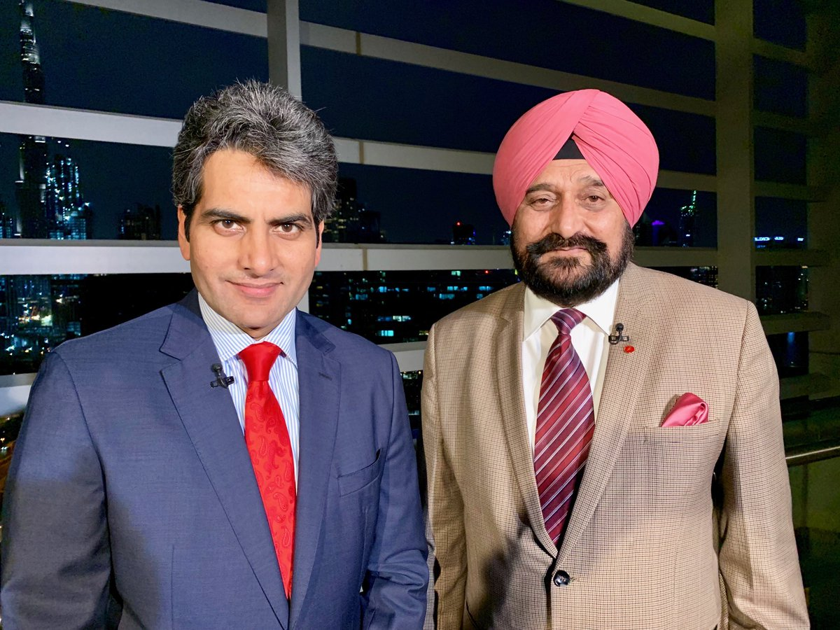 Was happy to have Gen Bikram Singh, former Army Chief of India, on DNA tonight to talk about the developing situation with Pakistan. He is the best qualified to comment because he was Pak Army Chief Gen Bajwa's boss on a UN mission. He understands the beast we're dealing with.
