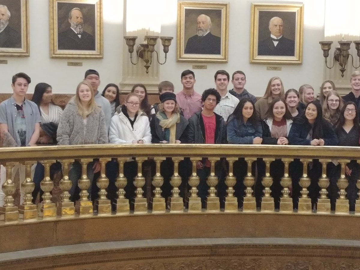 Look at this great group of @SVVSD  students from Skyline High School who braved the frigid weather this morning to come visit the Capitol with @CASBConnect Student day the Capitol.<br>http://pic.twitter.com/wnXcp2xwsN