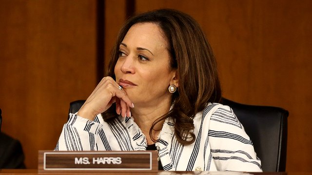 "Kamala Harris calls for paper ballots in elections: ""Russia can't hack a piece of paper"" http://hill.cm/AObhGNk"