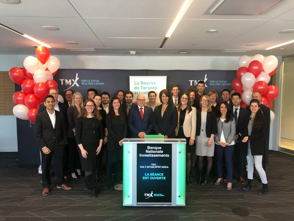 RT tsx_tsxv 'Annamaria Testani, Vice-President, National Sales, nationalbank (NBI), opened the market to celebrate the launch of their initial suite of four #ETFs! NBI ETFs are offered by National Bank Investments Inc., a wholly owned subsidiary of N… https://t.co/PepjUgQcg5'