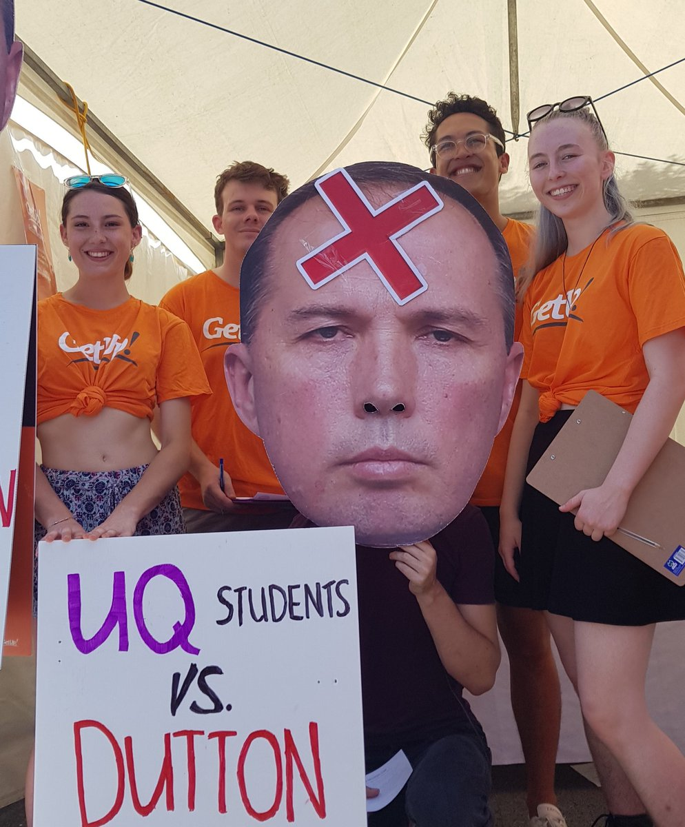 At UQ O-Day today, with students from Dickson determined to #DitchDutton.  The youth are coming Peter.