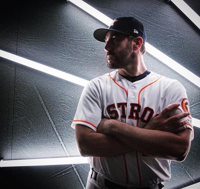 One of these photoshoots were far superior than the other... and it ain't the Redsox... #TakeItBack <br>http://pic.twitter.com/2U37wQ78SP