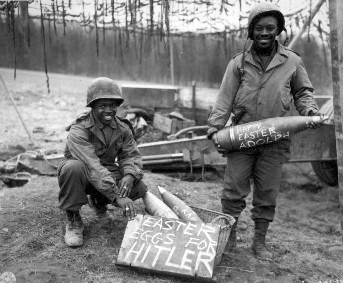 In Honor of #BlackHistoryMonth let's get a thread of black men in the military. Fellas drop your pics and then like and RT!