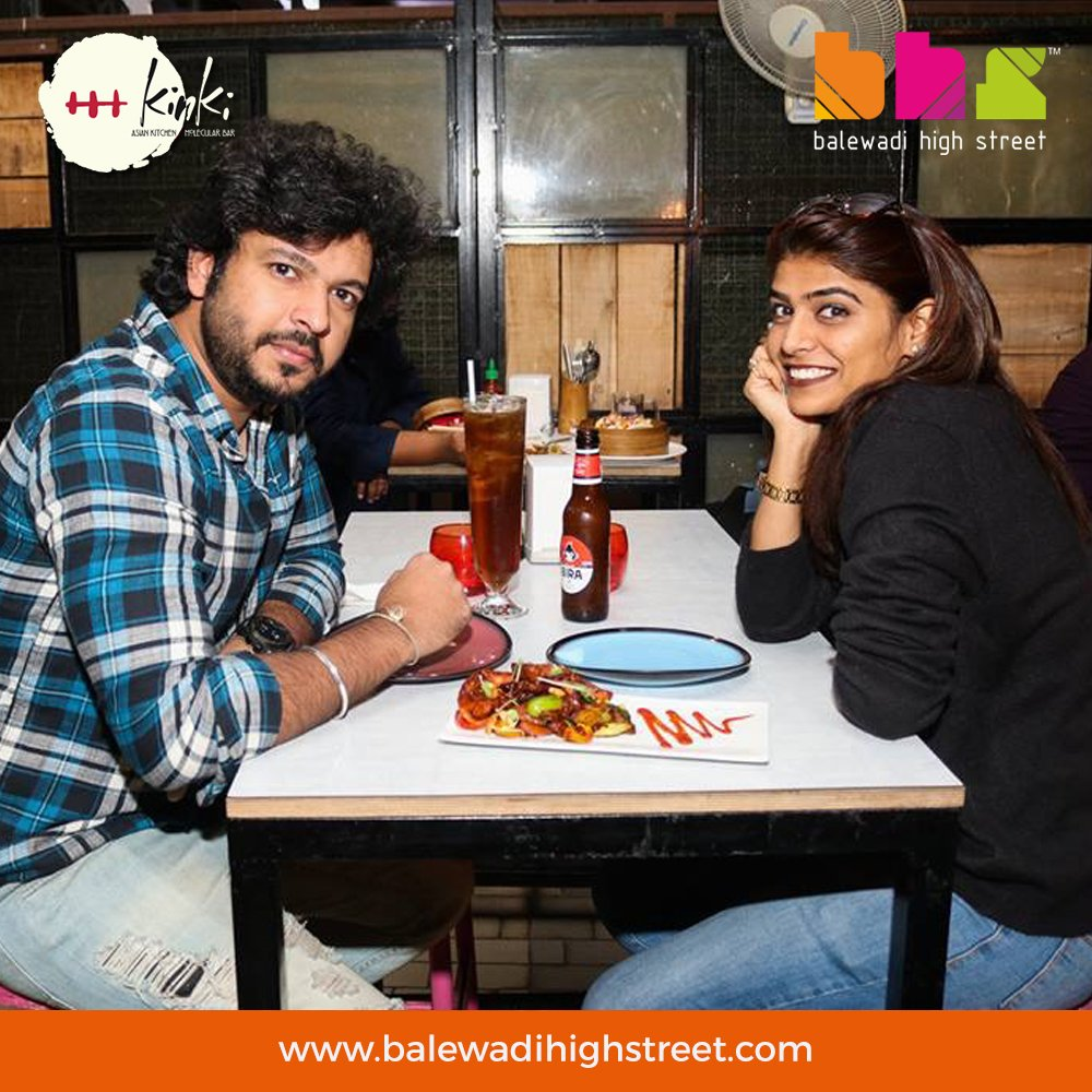 All smiles and beers on a fine #Kinki Wednesday! We're sure you'd love a drink post a long day's work. @KinkiPune is the place to be, for sure! Incredible bar offers till 9 PM, EVERYDAY! #BHS #pune #spoiltbychoice #lifeatbhs #worldcuisine #perfecthangout #placetobe #drinkstagram