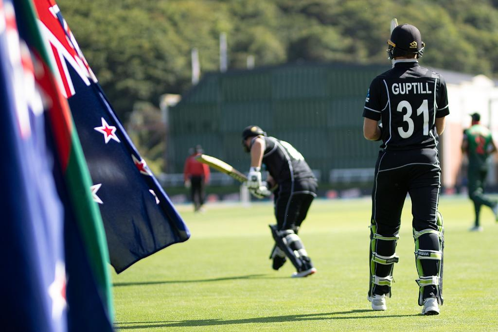 The opening exchanges have been tense at Dunedin!  At the first drinks break, New Zealand are 77/2, with Martin Guptill, who had two hundreds in two games before today, back in the hut.  Can the @BCBtigers build on their solid start?  #NZvBAN LIVE 👇 http://bit.ly/NZvBan3