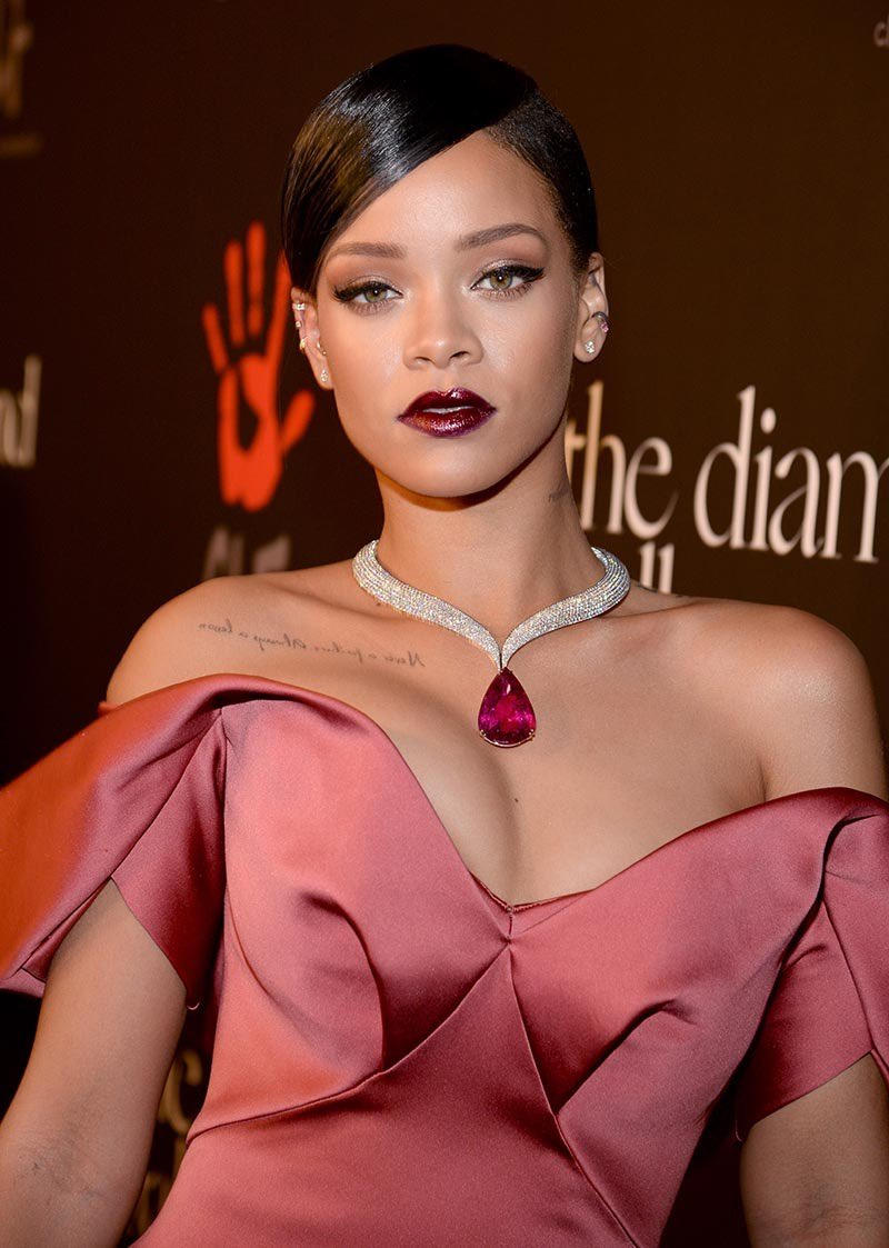 Happy 31st birthday Robyn Rihanna Fenty . No bad songs, No bad looks, No bad pictures   A Queen and music icon