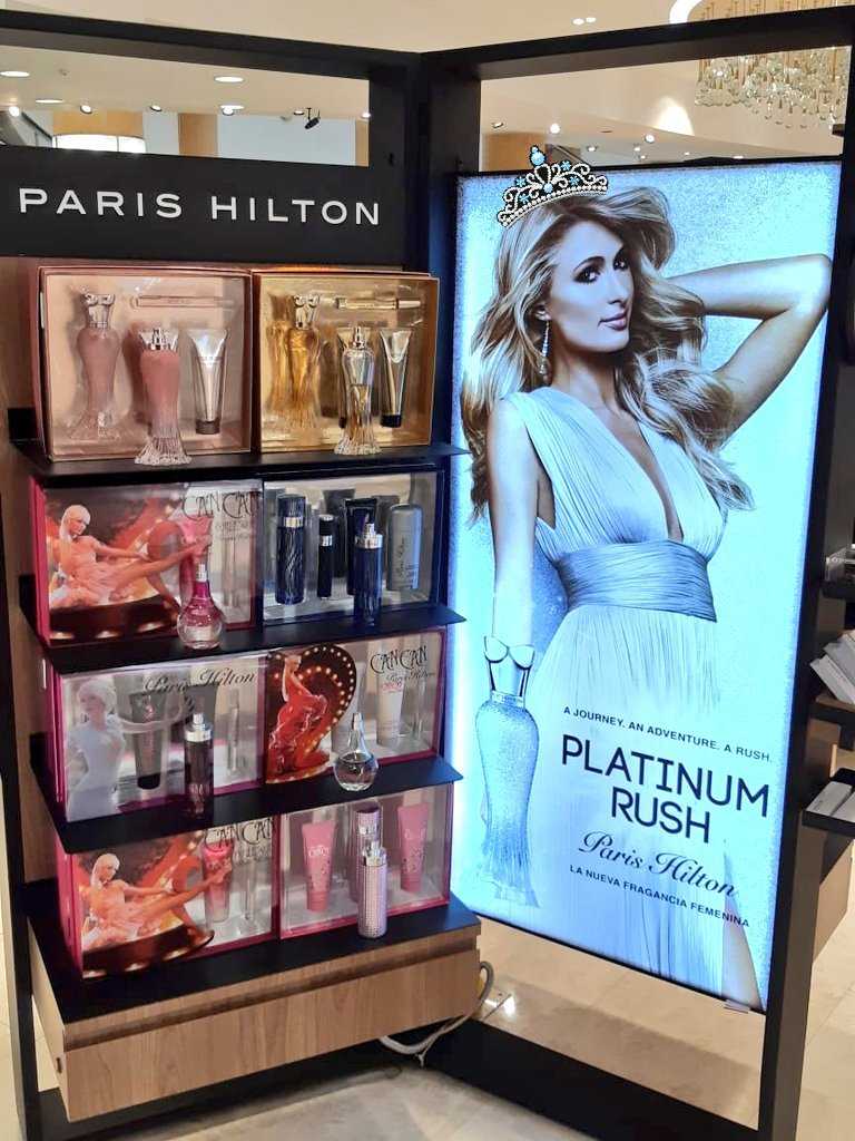 Feels like I'm in paradise! Love them all ✨😍✨ @ParisHilton #fragrance #ParisLand #GoldRush #PlatinumRush #RoseRush #CanCan #love #yaasss