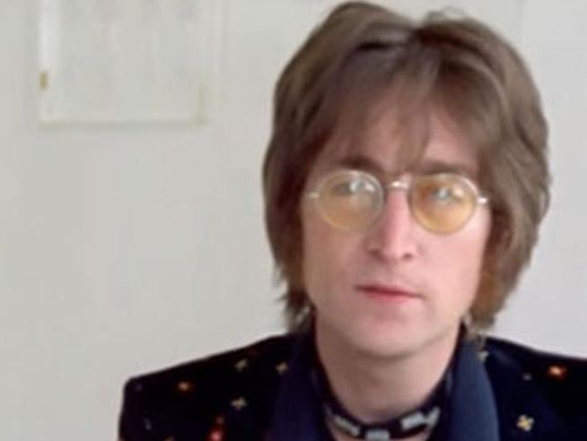@Corriere's photo on John Lennon