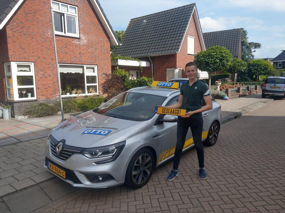 test Twitter Media - Ook Corné Buitendijk mag zelfstandig op weg. Gefeliciteerd met je #auto #rijbewijs, en we gaan gelijk door voor de #aanhanger #BE https://t.co/hkTSJKkqo1