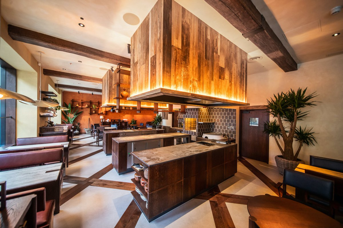 #ThrowbackThursday to the installation of Dekton at the trendy @KolRestaurant in London! Carbon neutral and made from up to 80% recycled materials, Dekton Trilium helped to bring together this restaurant design that pays homage to its Mexican roots bit.ly/KolRestaurant