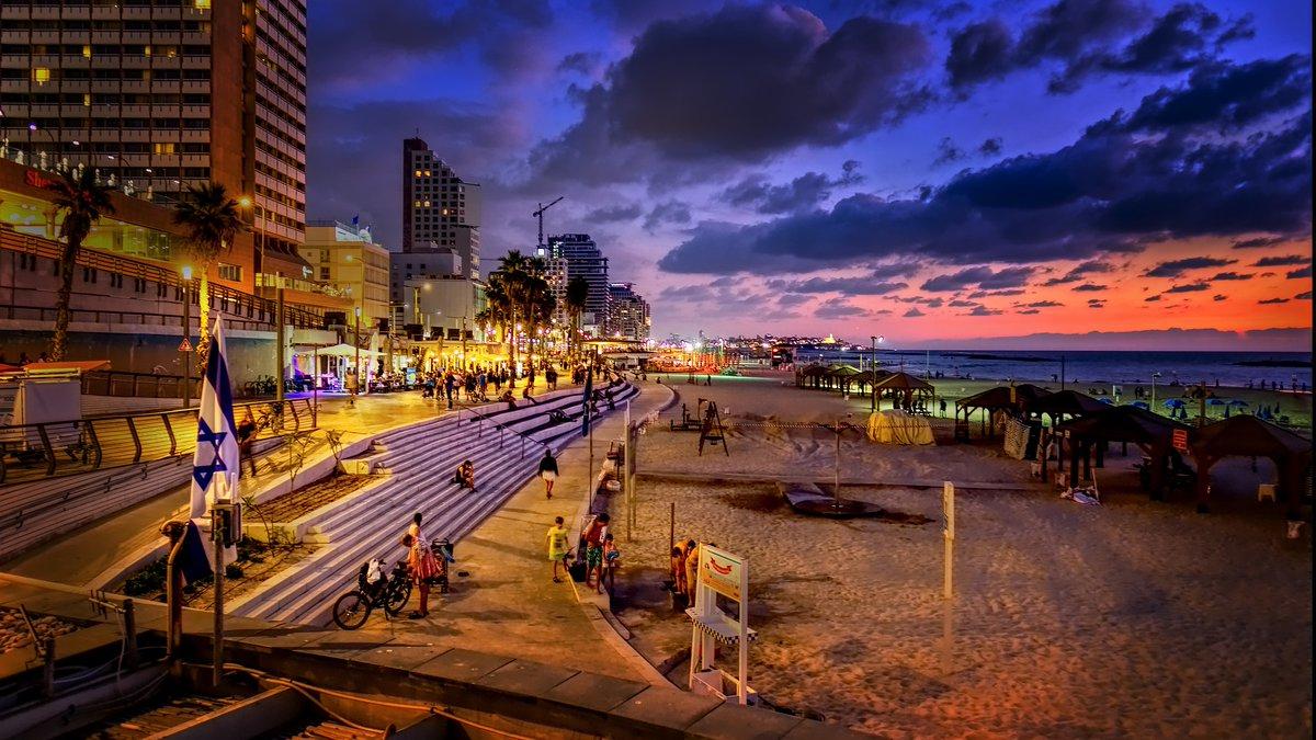 أسعد الله مساءكم من المدينة التي لا تنام، تل أبيب الجميلة  …