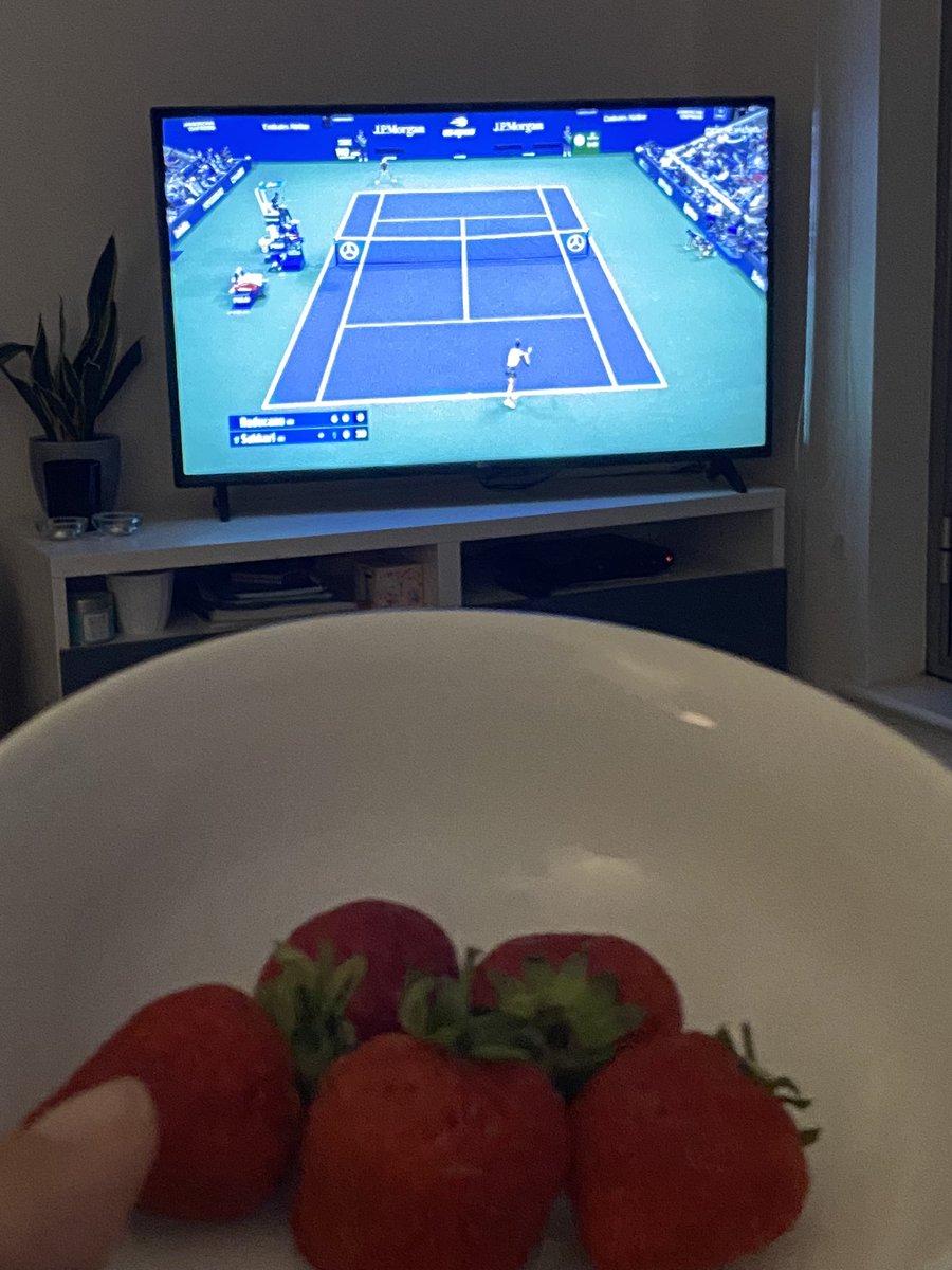 @bbctennis it may not be Wimbledon but still got my strawberries to watch Emma! 1 more set! #bbctennis