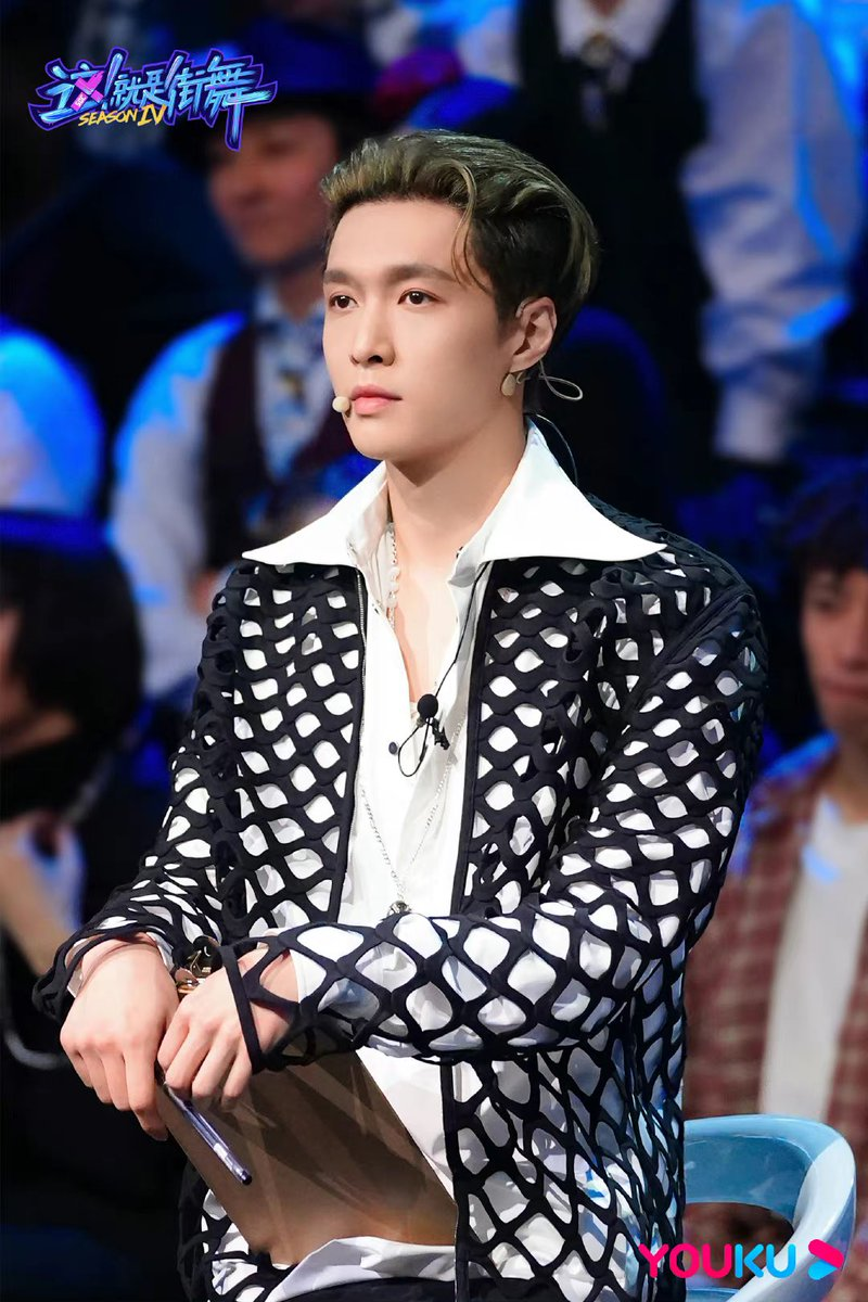 210910 #SDC4 weibo updated 3p of Yixing in upcoming episode tomorrow night.  #CaptainLAYisBack  #LAYonSDC4  #LayZhang #Yixing @layzhang