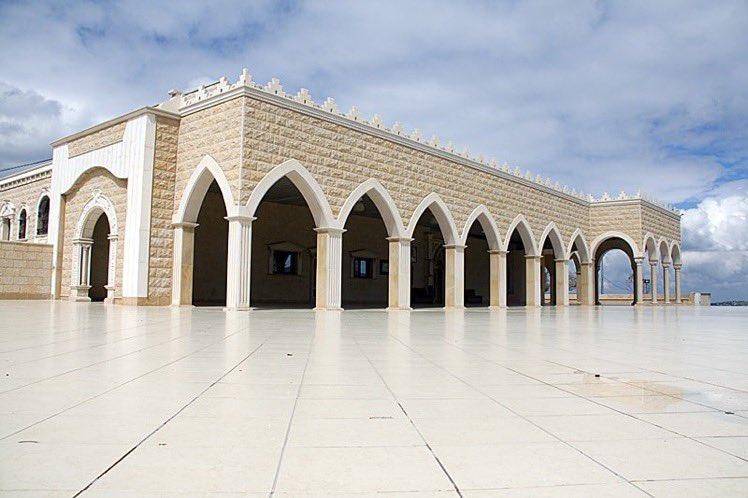 نهنئ المواطنين الدروز  بحلول الزيارة السنوية لمقام النبي سبلان عليه السلام في