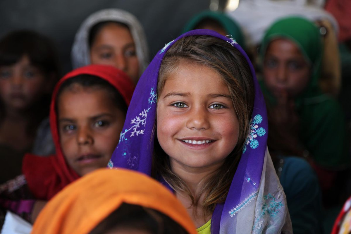 A staggering 3.4 million Afghan children, especially from rural areas, remain out of school, and 60 percent of them are girls @YasmineSherif1 ipsnews.net/2021/09/afghan…