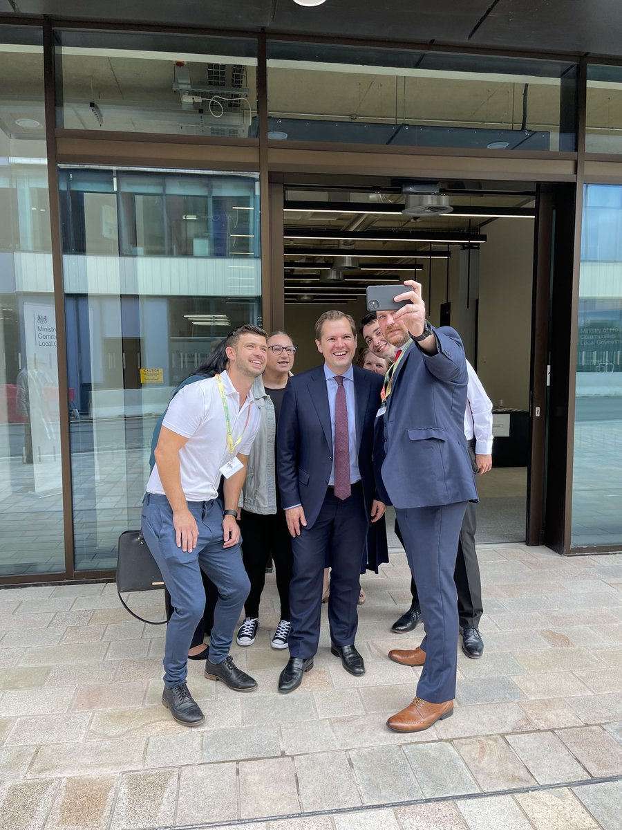 It was honour to open the new @mhclg HQ in Wolverhampton today - the first departmental office with a ministerial presence outside of Whitehall! The new recruits joining our brilliant team of civil servants will help continue with our mission to level up the country.