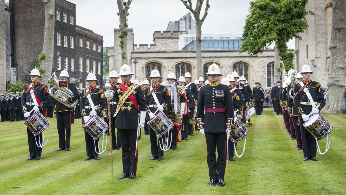 We'll be rolling out the barrel on Monday 🍷 We're excited to be welcoming the company of @hms_albion to take part in the return of a historic tradition we last marked in 2019: the Ceremony of the Constable's Dues! Find out more here 👉 bit.ly/tol-constables…