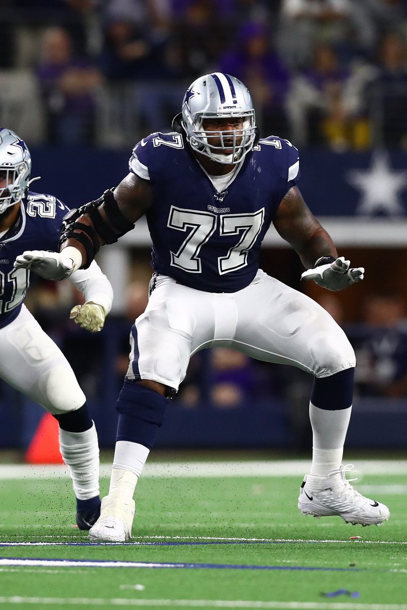 Tyron Smith pass-blocking in Bucs vs Cowboys:  🔹 62 pass-blocking snaps 🔹 0 pressures allowed