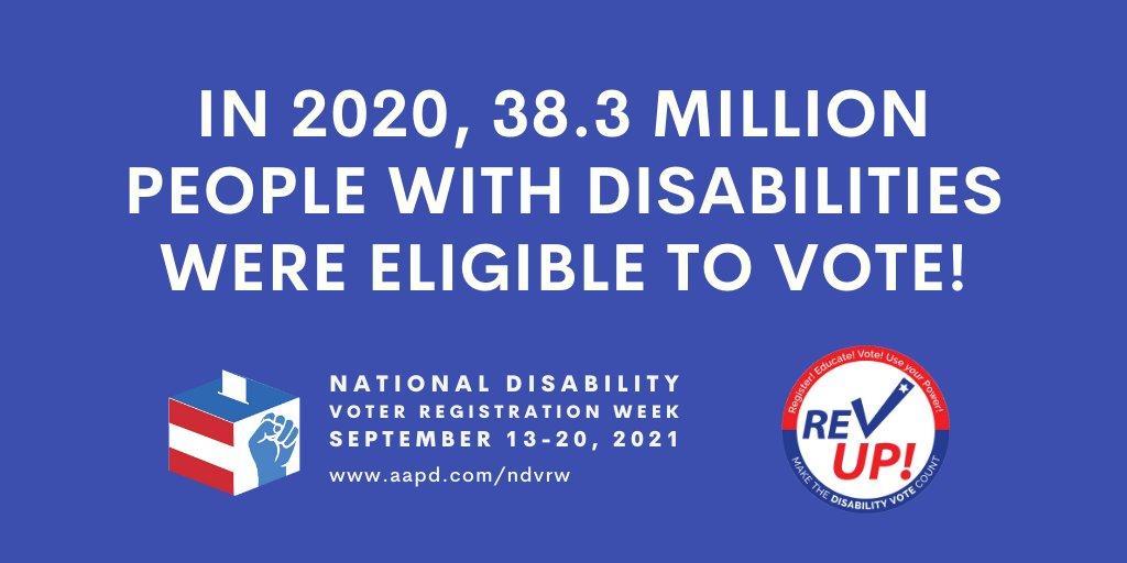 """Gráfico azul con texto blanco en mayúsculas que dice """"¡En 2020, 38.3 millones de personas con discapacidades eran elegibles para votar!"""" A continuación se muestra el logotipo blanco, azul y rojo de la Semana Nacional de Registro de Votantes por Discapacidad y el logotipo REV UP redondo a la derecha."""
