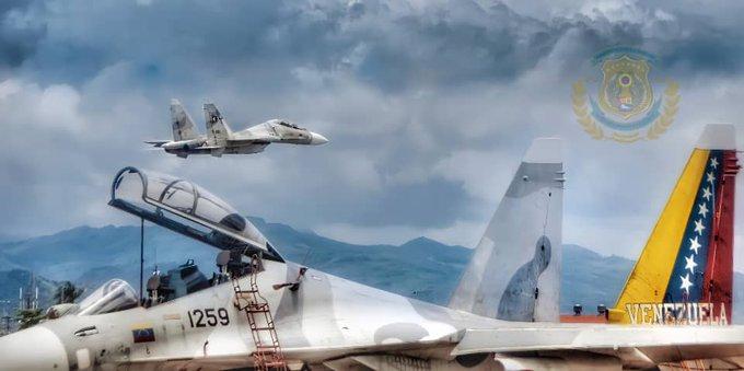 Sujoi Su-30 MK2 - Página 38 E-8ca_gXIAU5om3?format=jpg&name=small