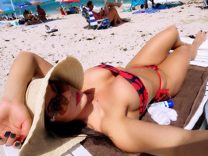 3 pic. Día de playa nudista no te pierdas lo mejor en https://t.co/vdv0FihveJ los estoy esperando. https://t