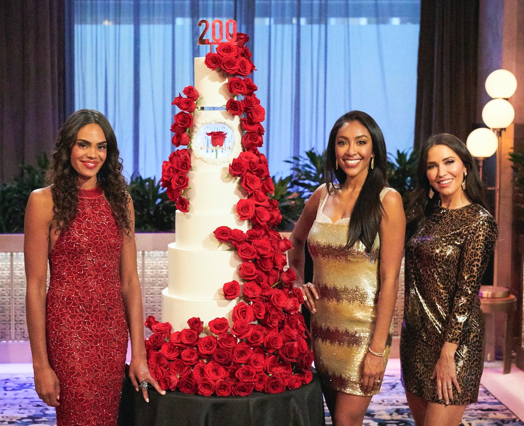 Bachelorette 18 - Michelle Young - Media SM - *Sleuthing Spoilers* - Page 22 E-DdYU9XMAILadI?format=jpg&name=medium