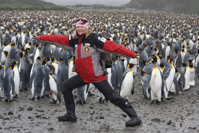 The @SednaEpic's founder & leader @SusanREaton_Geo  was included in the @ExplorersClub's 2021 Class of 50 people changing the world!   You've got until Sept. 8 to nominate candidates for the #Explorers50 Class of 2022! #womeninscience #womenofthearctic #changetheratio #diversity https://t.co/uquFQd28gc